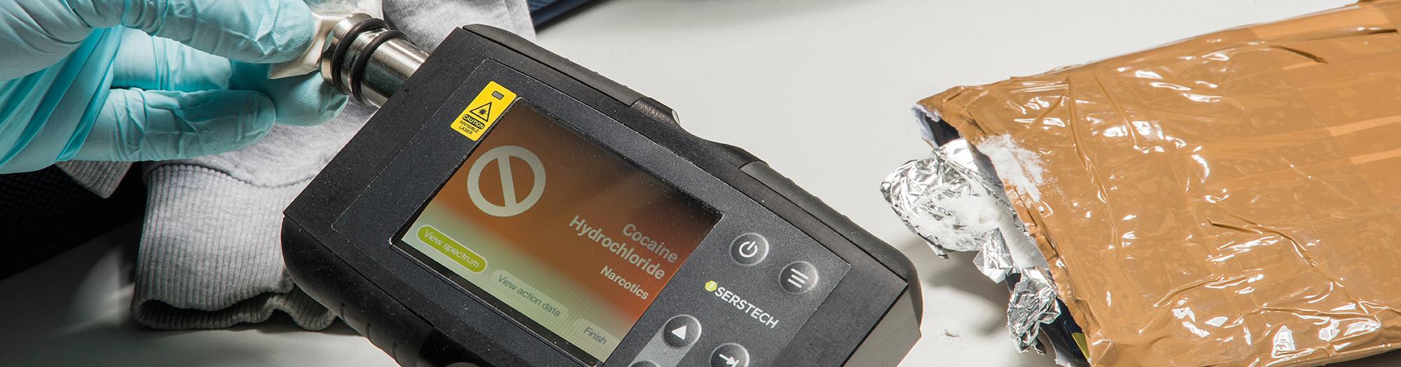 Handheld Raman Spectrometer, Serstech